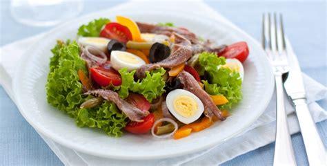 cuisine estivale envie d 39 une bonne salade niçoise découvrez la recette