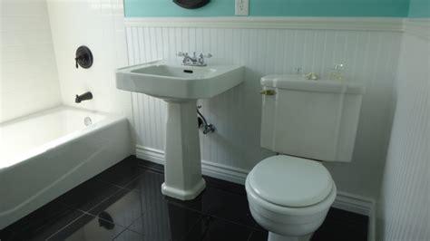1940s bathroom design 1940 39 s bathroom remodel in yellow in blue