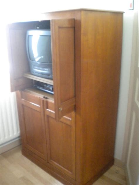 but bureau d angle meuble tv