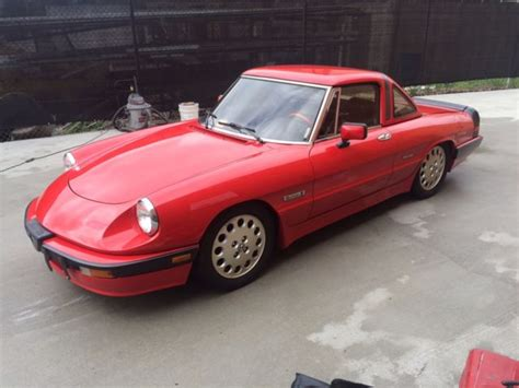 1989 Alfa Romeo Spider Quadrifoglio Convertible Red