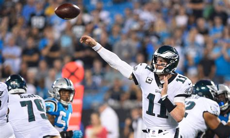 boomer esiason thinks carson wentz eagles  nfc favorite