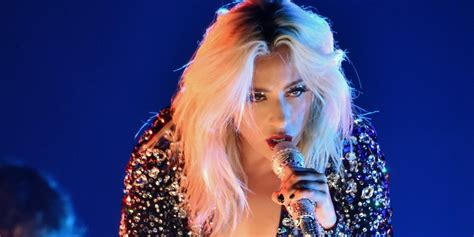 Grammys Lady Gaga Tried To Turn 'shallow' Into A Rock Song  Business Insider
