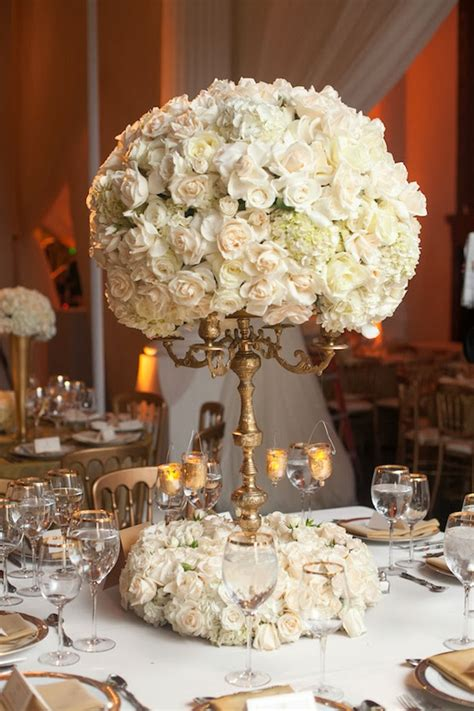 White And Gold Wedding Centerpieces