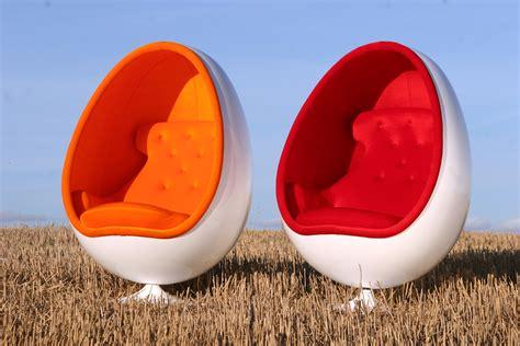 ovalia egg chair