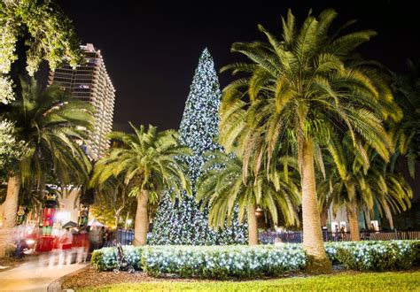 where to go for christmas in the usa