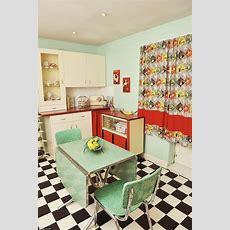 Best 25+ Vintage Houses Ideas On Pinterest  Old Victorian