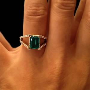 emerald green archives miadonna diamond blog miadonna With emerald green wedding ring