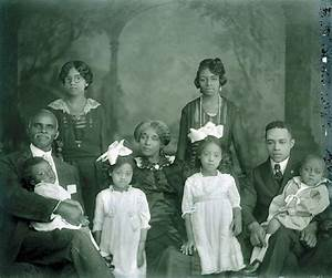 African American Family   AFRIC AMER: One Moment in Time ...