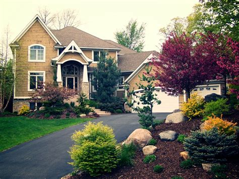 The Front Yard Landscaping Ideas
