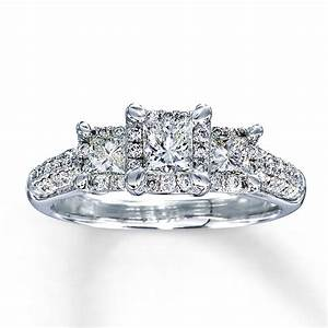 White gold princess cut wedding rings truly unique ipunya for Princess cut engagement rings with wedding band
