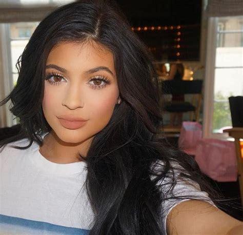 Kylie Jenner Flaunts Major Side-Boob on Instagram - The ...