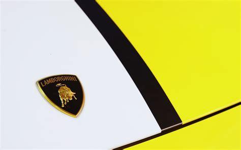 lamborghini symbol on car lamborghini gallardo lamborghini logo car wallpapers hd
