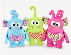 Spielsachen Selber Nähen : geschenke selber n hen b day bibs schnitt von kullaloo ~ Markanthonyermac.com Haus und Dekorationen