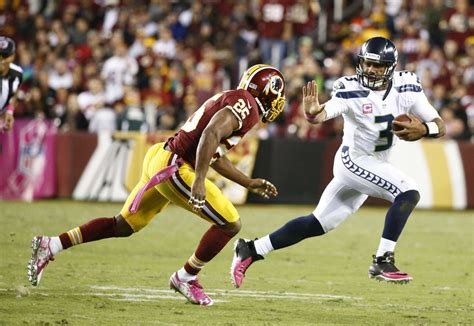 seahawks thrive  monday night football