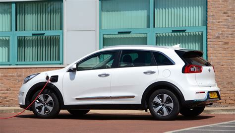 kia niro plug  dct  speed review greencarguidecouk