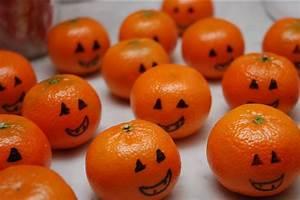 Kids Halloween Party Ideas: Clementine Pumpkins Family