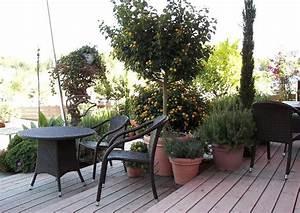 Terrassengestaltung Mit Holz Und Stein : terrasse aus holz oder stein bauen vorteile nachteile ~ Eleganceandgraceweddings.com Haus und Dekorationen