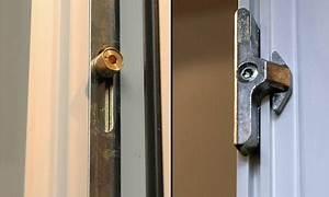 Zamykání balkonových dveří