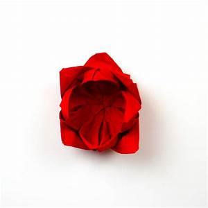 Rose Aus Serviette Drehen : servietten rose anleitung servietten falten papierservietten ~ Frokenaadalensverden.com Haus und Dekorationen