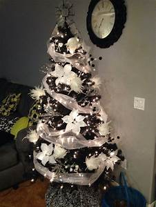 Black and white Christmas tree | Christmas Decorating ...