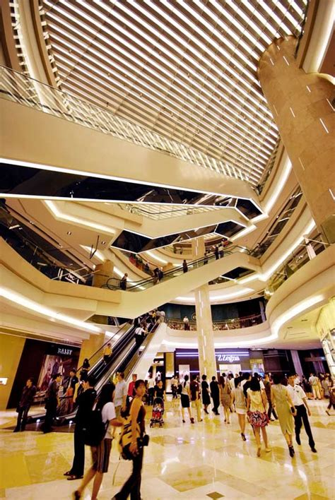 ion orchard singapore retail mall  architect