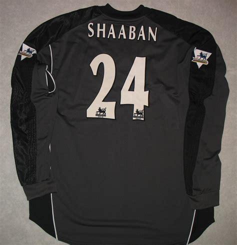 Arsenal Goalkeeper football shirt 2005 - 2006. Sponsored by O2