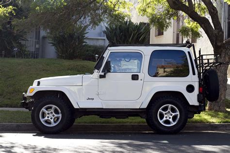 new jeep white for sale jeep tj sahara white hardtop jeep wrangler