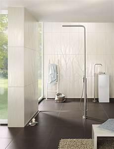 Bad Dusche Kombination : grenzenloses duschvergn gen mit einer bodenebenen dusche ~ Indierocktalk.com Haus und Dekorationen
