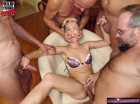 Miley Cyrus Fake Celebrity Photos With Orgy Pichunter