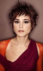 Model Coiffure Femme : modele coupe cheveux courts femme ~ Medecine-chirurgie-esthetiques.com Avis de Voitures