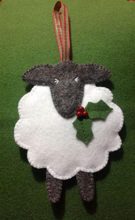festive felt sheep christmas ornament might have to make