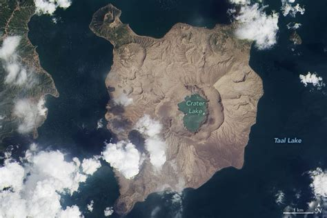 เกาะในฟิลิปปินส์ กลายสภาพจากเขียวขจีเป็นโลกพระจันทร์ หลัง ...