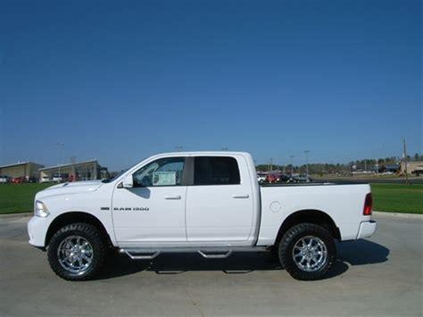 "2012 Ram 1500 4"" Lift Kit, 35"" Toyo Tires, 20"" XD Series"