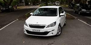 308 Peugeot 2015 : 2015 peugeot 308 active review photos caradvice ~ Maxctalentgroup.com Avis de Voitures