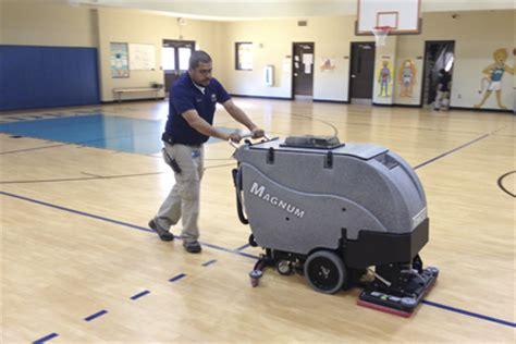 tomcat magnum floor scrubber manual orbital scrubber magnum walk floor scrubber