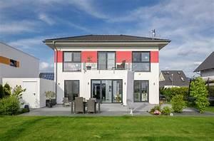 Haus Walmdach Modern : luxhaus vertrieb gmbh co kg fertighausvergleich fertighaus ratgeber ~ Indierocktalk.com Haus und Dekorationen