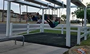 Texas Border City Turns Bus Stop into Fun Play Place ...