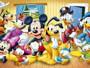 Free Christmas Poster Walt Disney Poster Mickey Mouse And Friends Wallpaper Hd