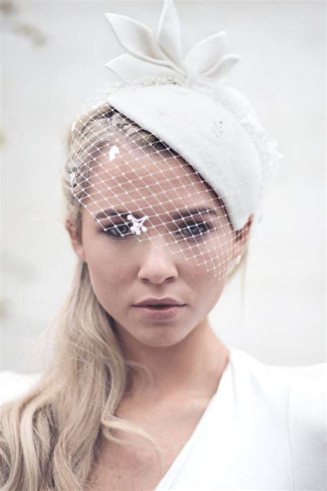 Wedding Veil Bridal Hat Vintage Style Felt Hat Off White