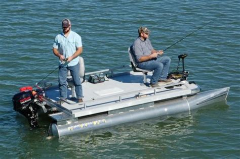 Small Two Person Motor Boat by Mini Pontoon Boats Small Pontoon Fishing Boats Pond King