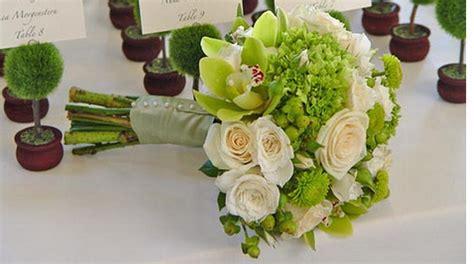 ideas  green flowers  wedding arrangements