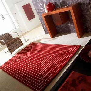 tapis de luxe design rouge tridimensional par carving With tapis yoga avec canapé 140 cm de large