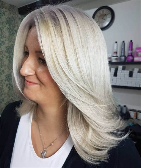 60 Popular Blonde Hairstyles for Women Over 50 Hair