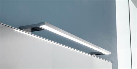 luminaire pour glace de salle de bain