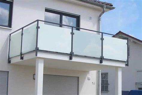 balkongeländer aus glas balkongel 228 nder sch 246 fer schlosserei gmbh in wallersdorf