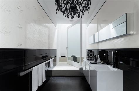 d 233 co salle de bain carrelage noir et blanc