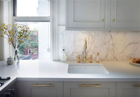 kitchen cabinets in gray best 25 white counters ideas on 6131