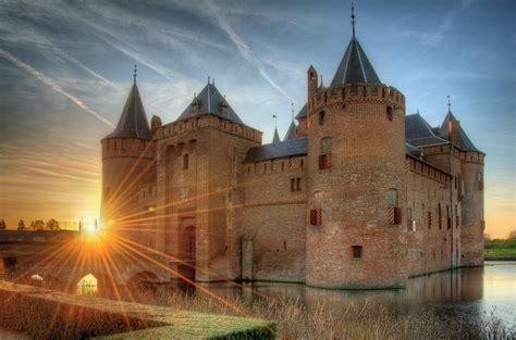 muiderslot castle  netherlands thousand wonders