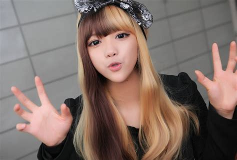 Angie Wong Half Dyed Hair