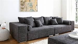 Richtig Sitzen Sofa : hamburger geschichten rund ums sofa ~ Orissabook.com Haus und Dekorationen